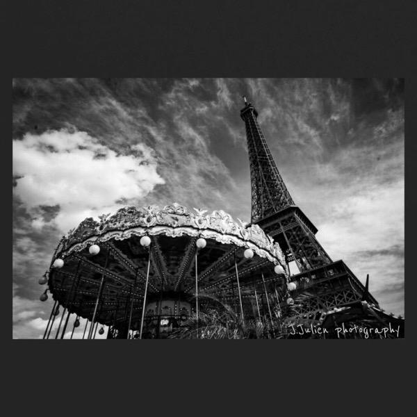 Wide angle b&w photography Paris